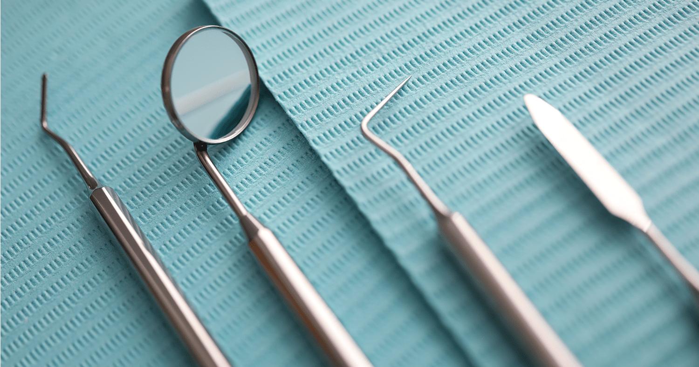 Quais os instrumentos odontológicos mais utilizados no consultório?